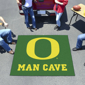 "59.5"" x 71"" University of Oregon Man Cave Tailgater Green Rectangle Mat"