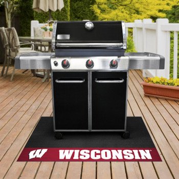 "26"" x 42"" University of Wisconsin Grill Mat"