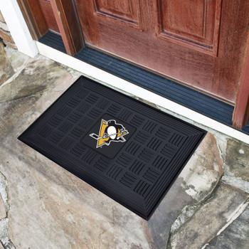 "19.5"" x 31.25"" Pittsburgh Penguins Medallion Rectangle Door Mat"