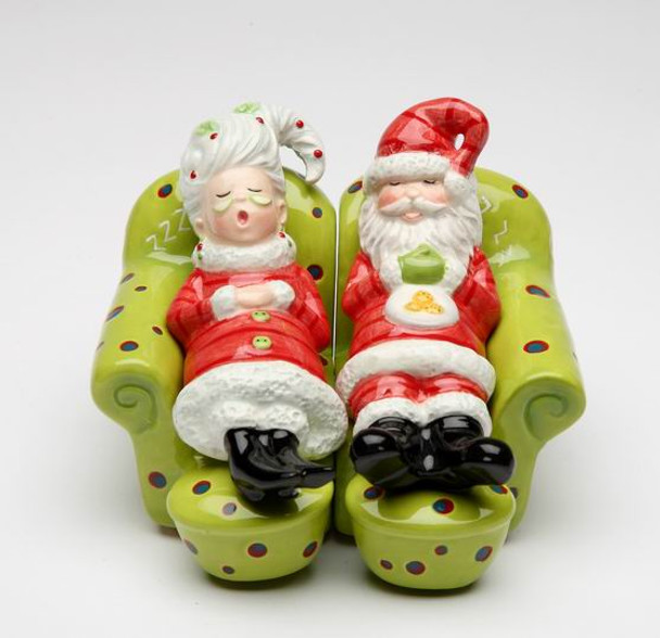 Mr. & Mrs. Claus Resting on the Sofa Salt and Pepper Shakers, Set of 4