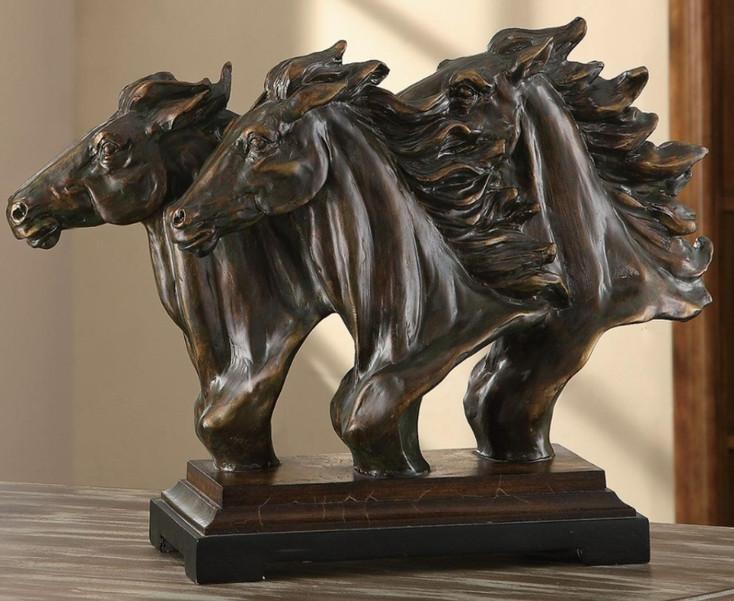 Running Free Triple Horse Head Statue