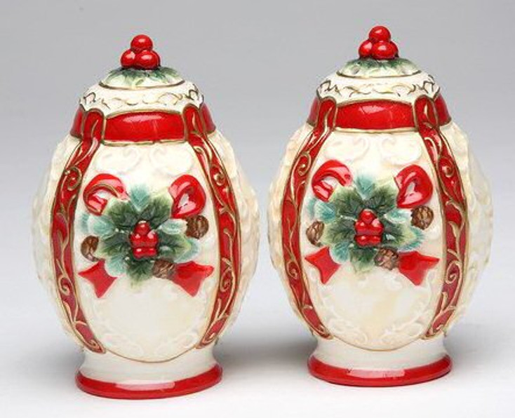 Poinsettia Porcelain Salt and Pepper Shakers, Set of 4