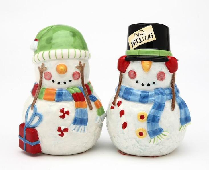 No Peeking Snowman Ceramic Salt and Pepper Shakers, Set of 4