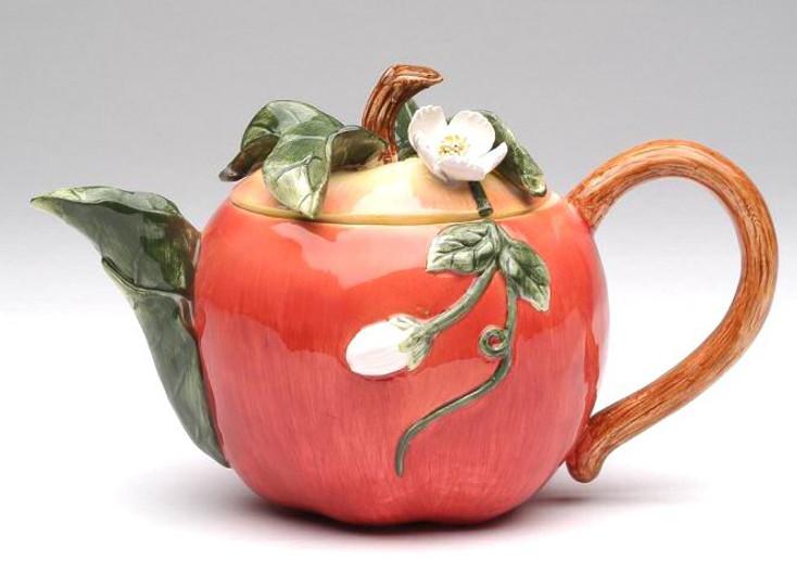 Apple Porcelain Teapot