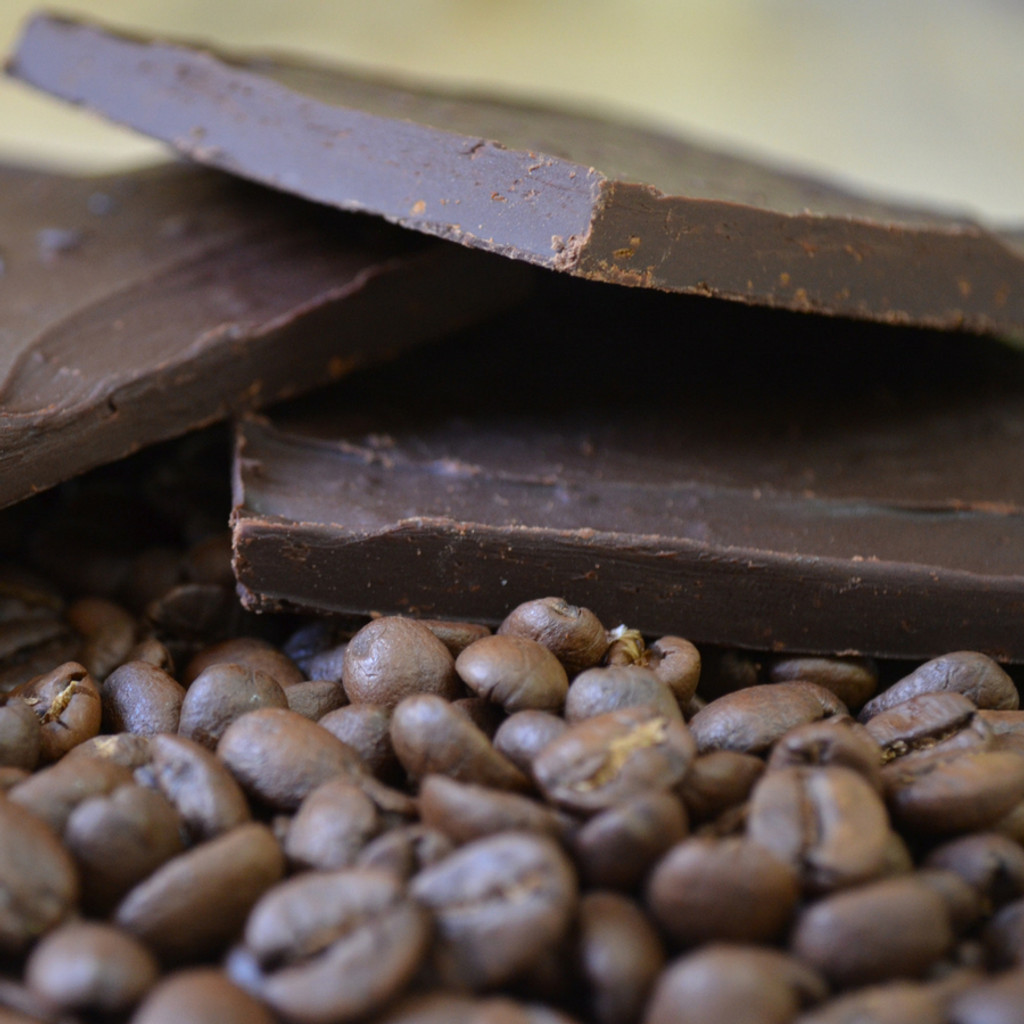 Fair Trade Extra Dark Chocolate Espresso Bean Bark Close Up