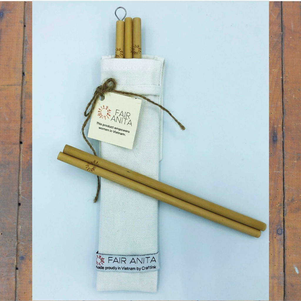 Bamboo straws, cleaner, and bag