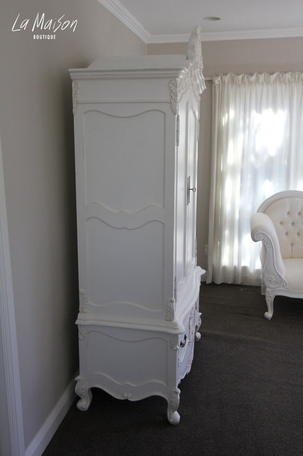 CAMILLE 2 DOOR ARMOIRE WITH CREST | White