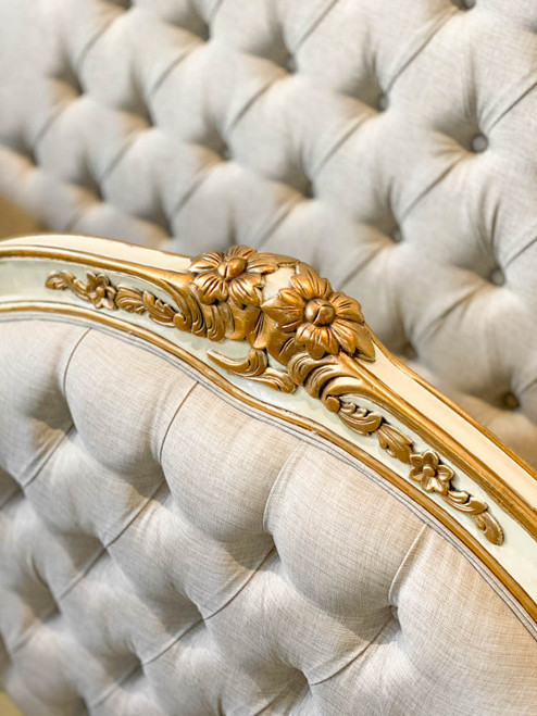 ESPERANZE BUTTONED BED | Ivory with Gold details