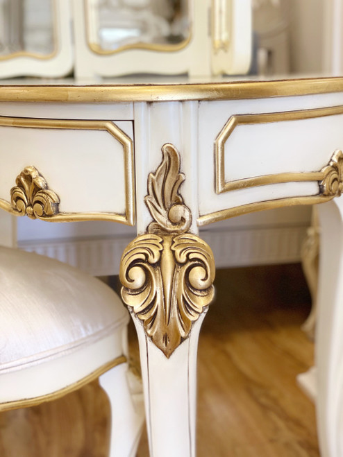 ESPERANZE DRESSING TABLE SET | Ivory with Gold details