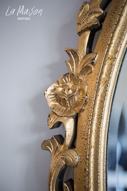 OVAL CARVED MIRROR | Gold Textured