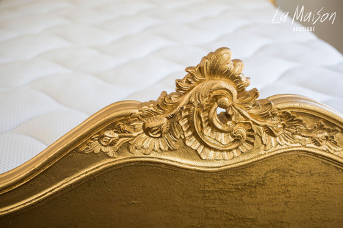 PROVENCAL CLASSIC BED | Gold textured