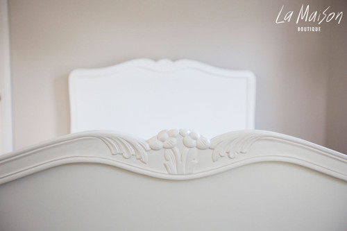 LOUIS CLASSIC BED