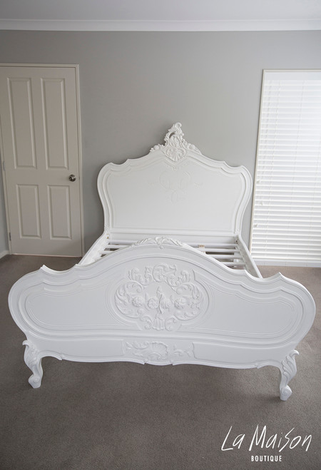 PROVENCAL LOUIS XV BED