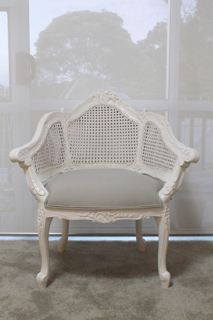 RATTAN CARVED ARMCHAIR | White