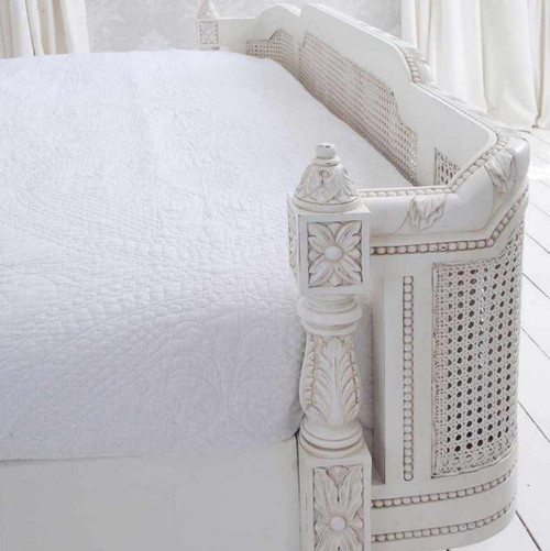 PRE ORDER: Rattan bed with round end - Queen size