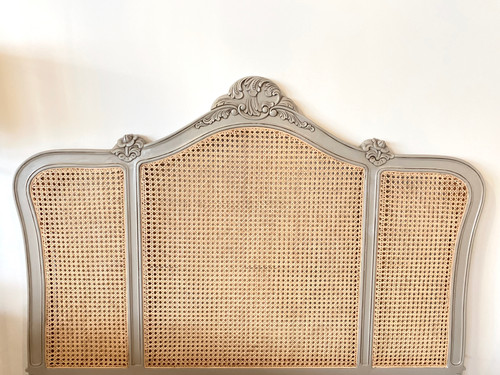 NORMANDY RATTAN BED WITH ROUND END | Stone