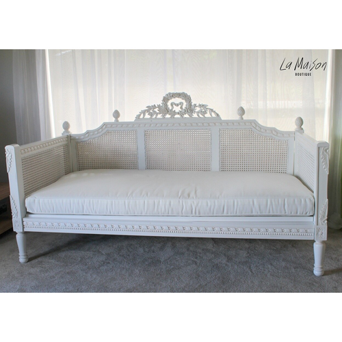 ANTONIETTE RATTAN DAY BED