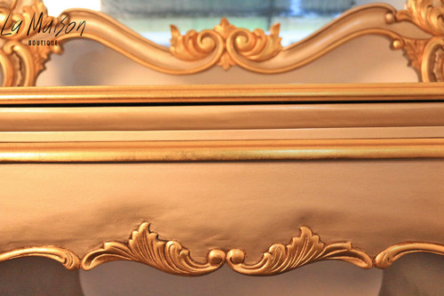 NANTERRE DRESSING TABLE | Gold