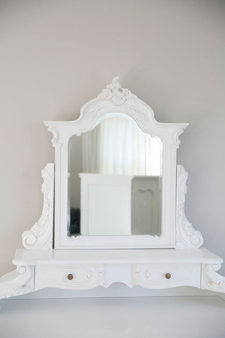 LOUIS DRESSING TABLE SET | White