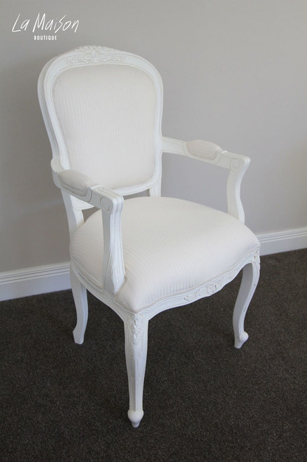 FLORAL CARVED ARMCHAIR | White
