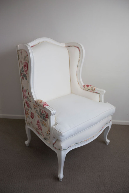 LOUIS WINGBACK CHAIR | Ariana