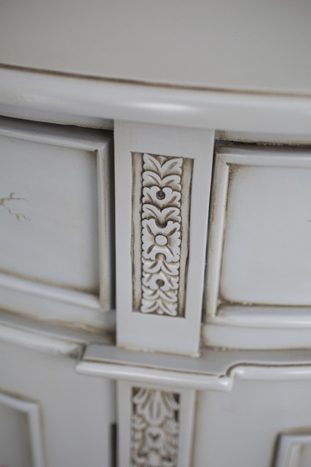 HAND PAINTED LUNE COMMODE