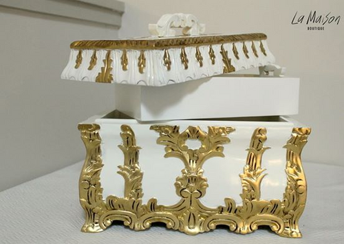 JEWELLERY CASKET | Gold