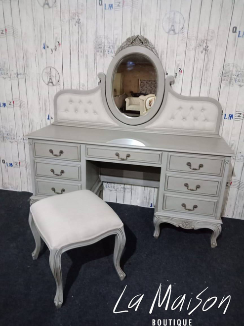 TOULOUSE DRESSING TABLE SET
