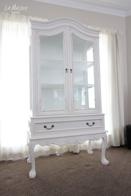 CHANTELLE GLASS DISPLAY CABINET | Antique White