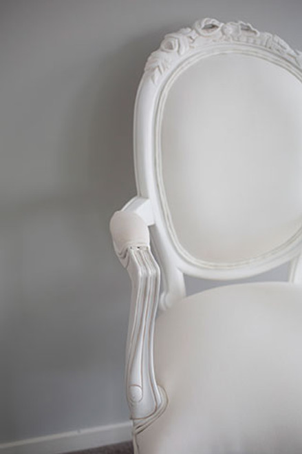 RIBBON ARMCHAIR | White