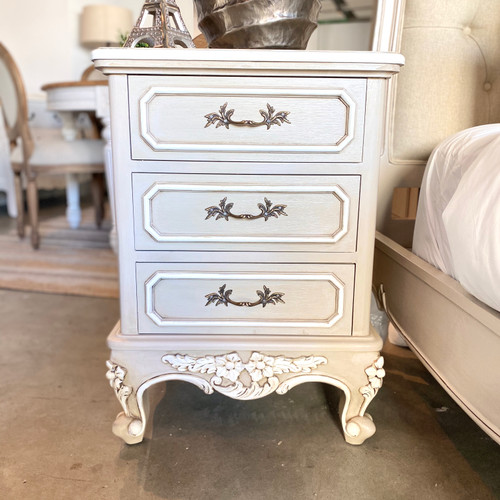 ESPERANZE 3 DRAWER BEDSIDE