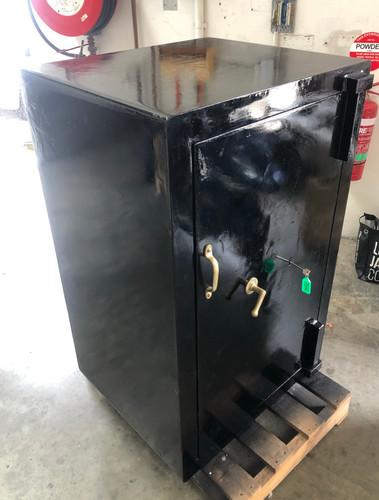 Refurbished Ajax (Keyed) Black 600kg