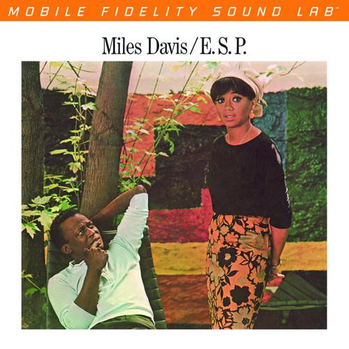 Miles Davis - E.S.P. (1x Numbered Hybrid SACD) (UDSACD2170)