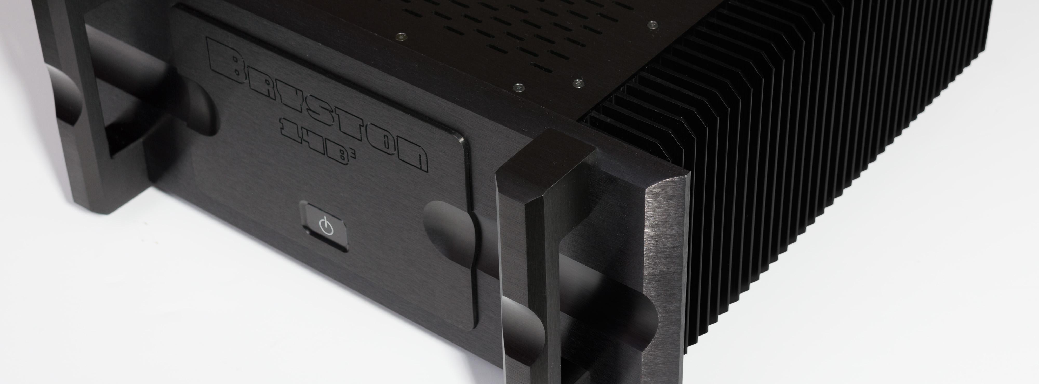 bryston-14b-power-audio-amplifier-black-angle-banner.jpg