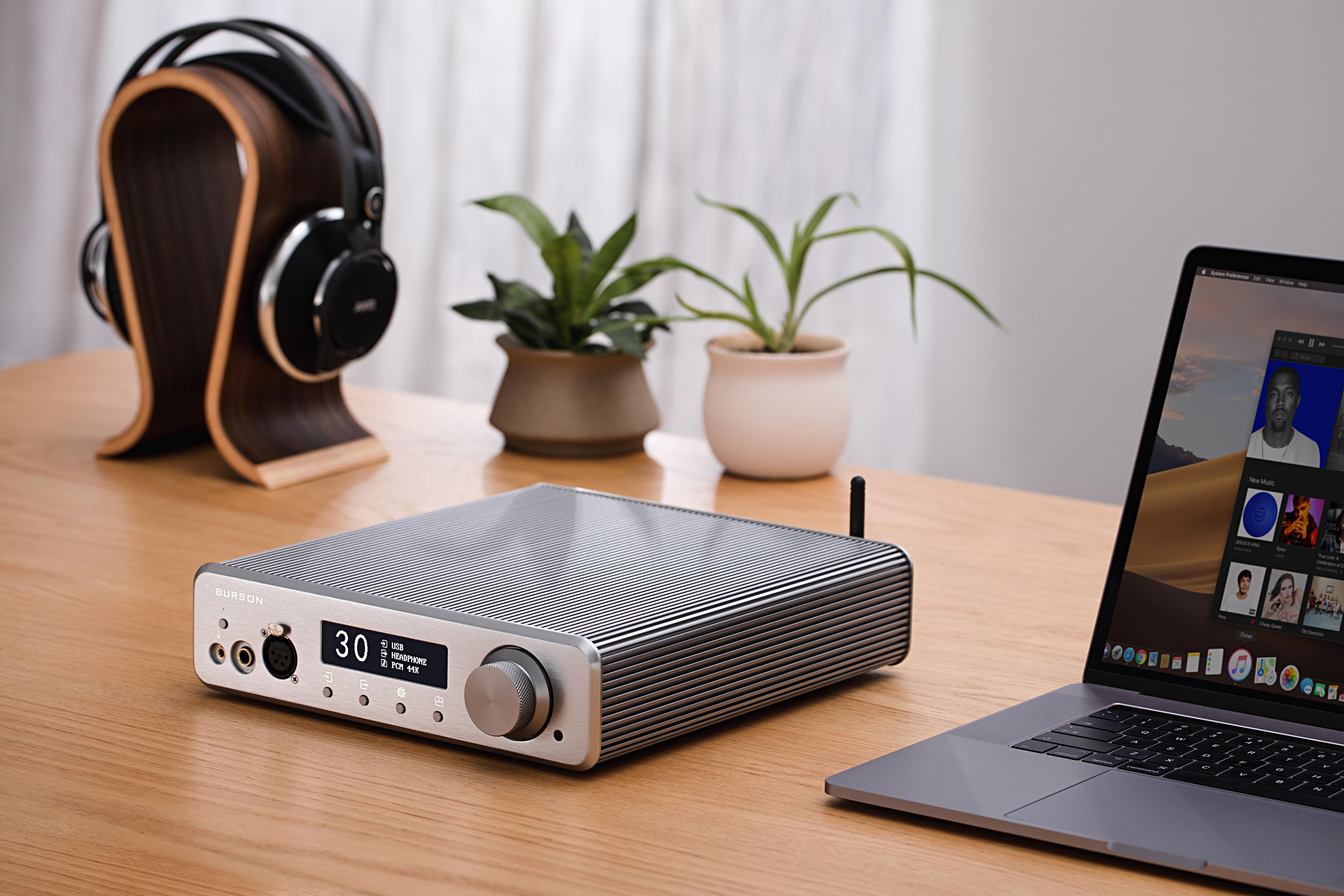 burson-audio-conductor-3x-reference-lifestyle1-headamp-preamp-dac.jpg