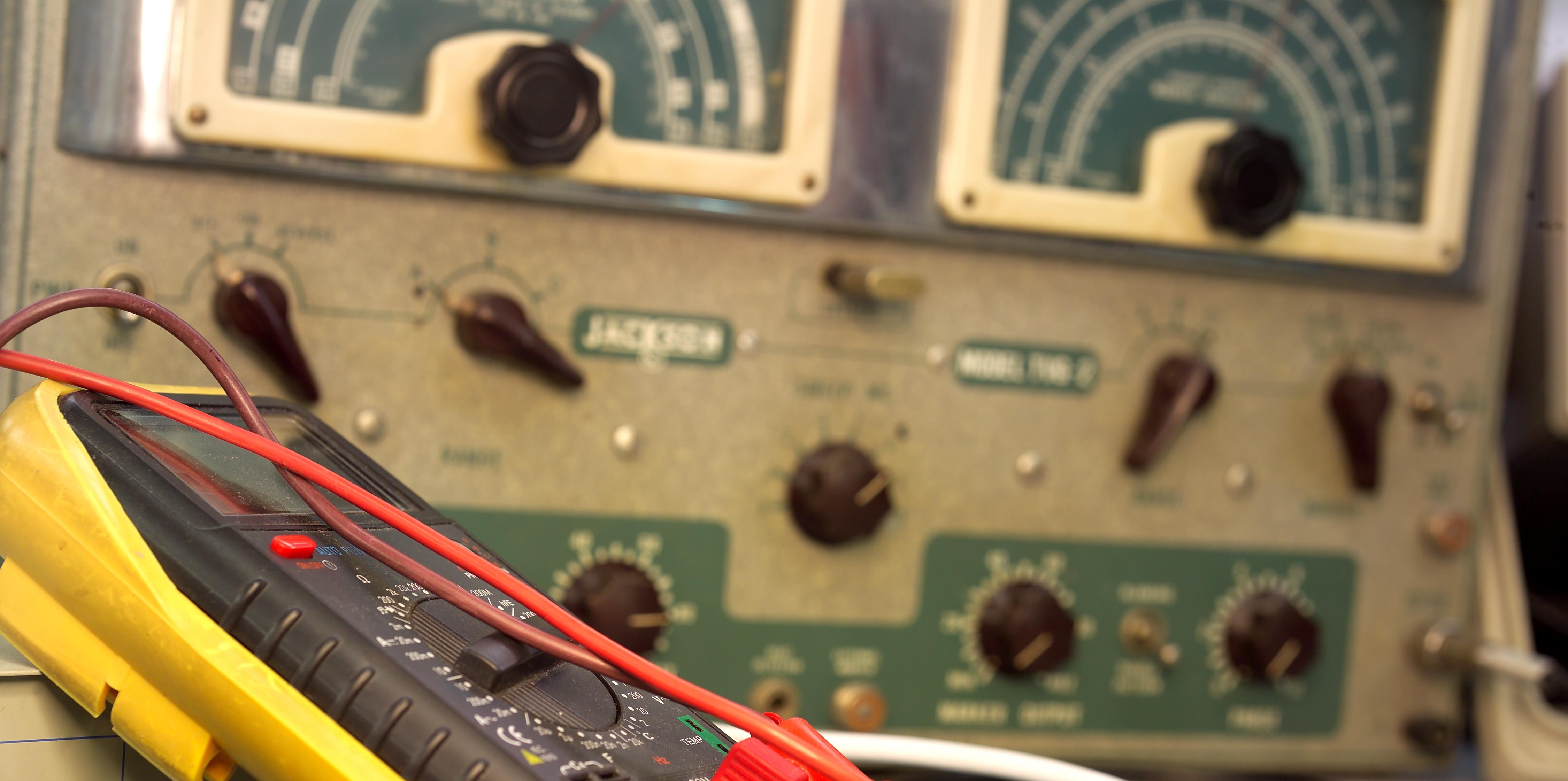 magnum-dynalab-fm-tuners.jpg