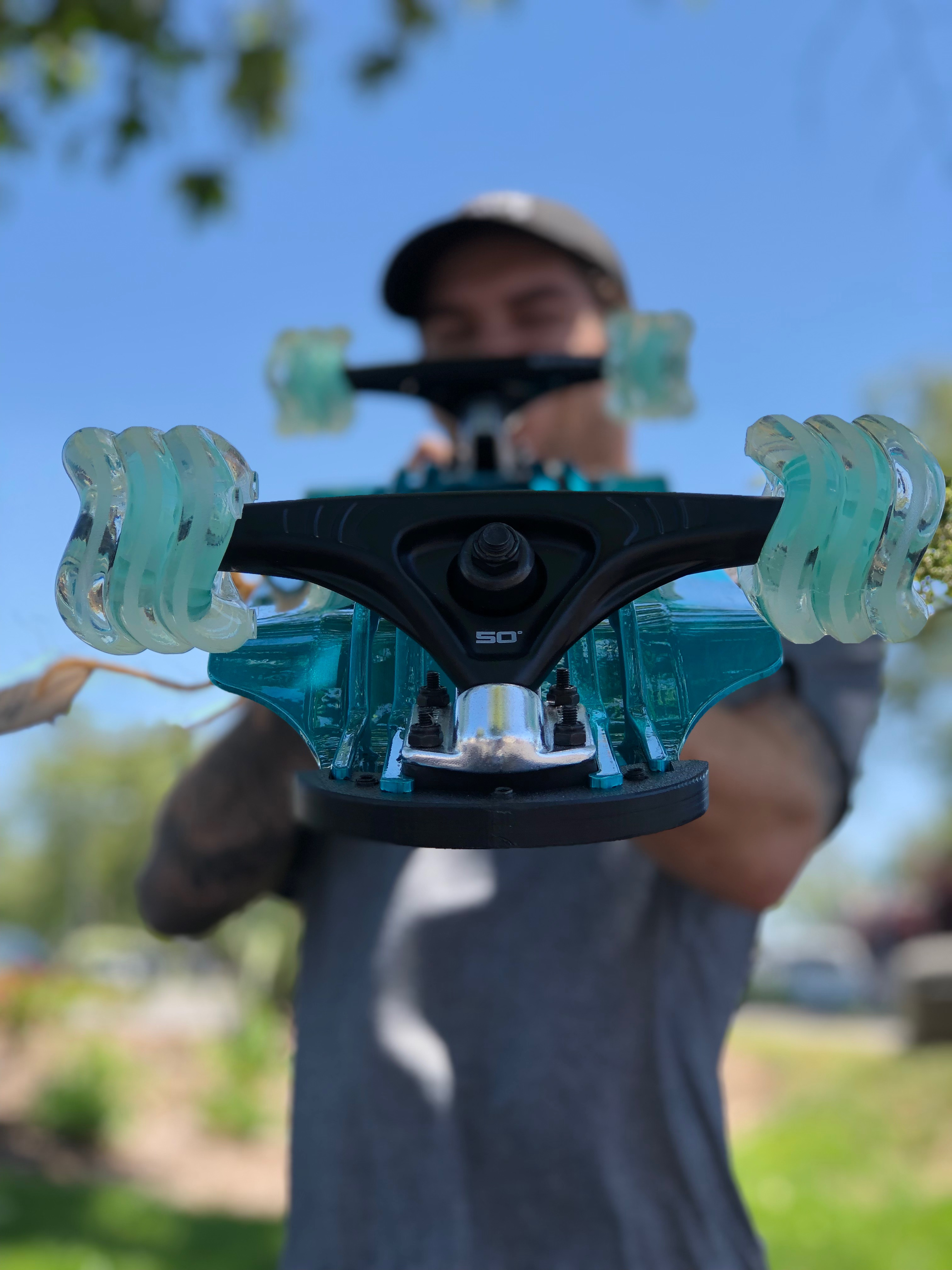 Shark Wheel 72MM, 78A Clear with Mint Hub DNA