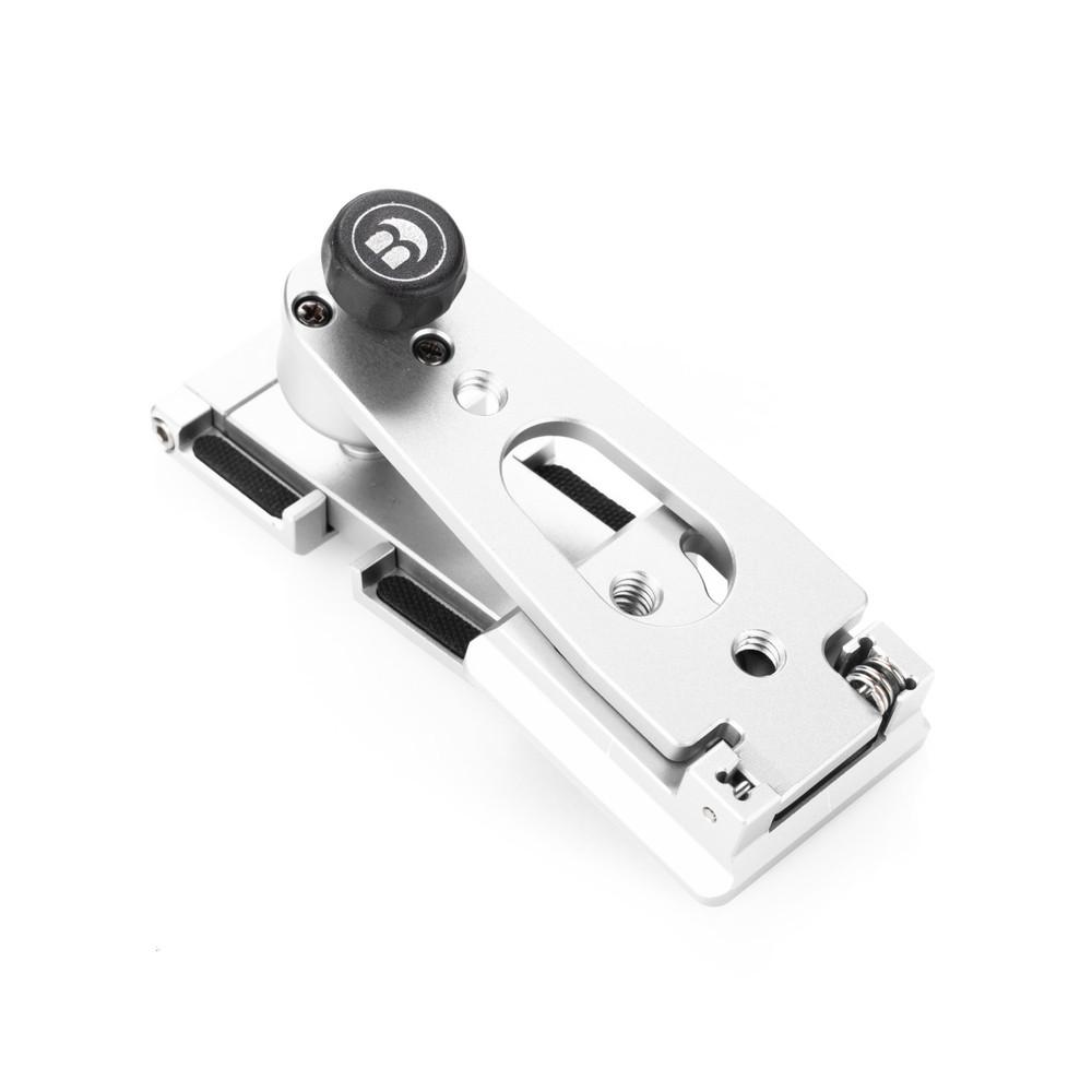 MeVIDEO Sidekick Pocket in Silver