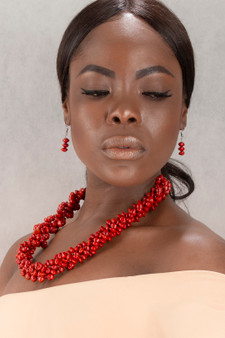 Chocho Jewelry Set (Necklace, Earrings & Pendant)