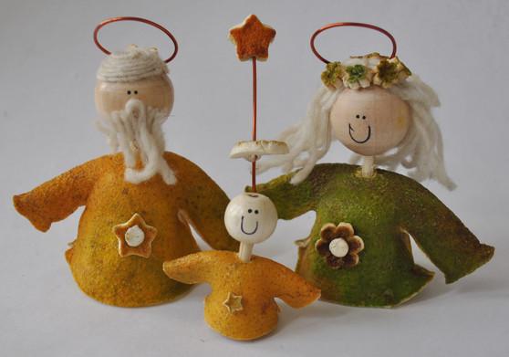 Novelty Ornaments - Orange Peel Nativity Set