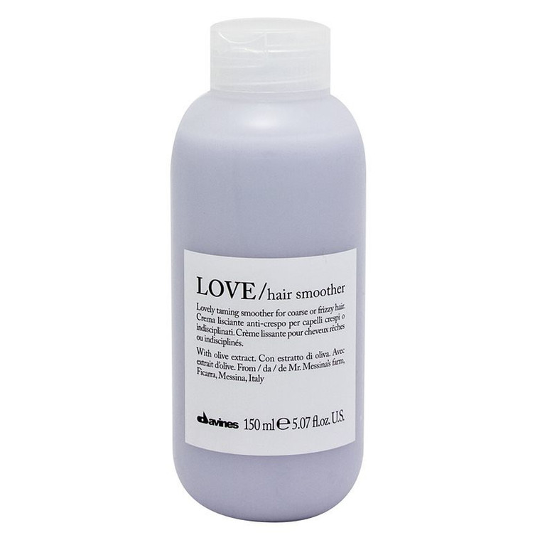 Anti-frizz smoothing cream for frizzy or unruly hair, Leave-on cream to smooth frizzy, unruly or wavy hair. The formula hydrates invisibly without weighing you down. The hair is soft, easy to style and shiny.