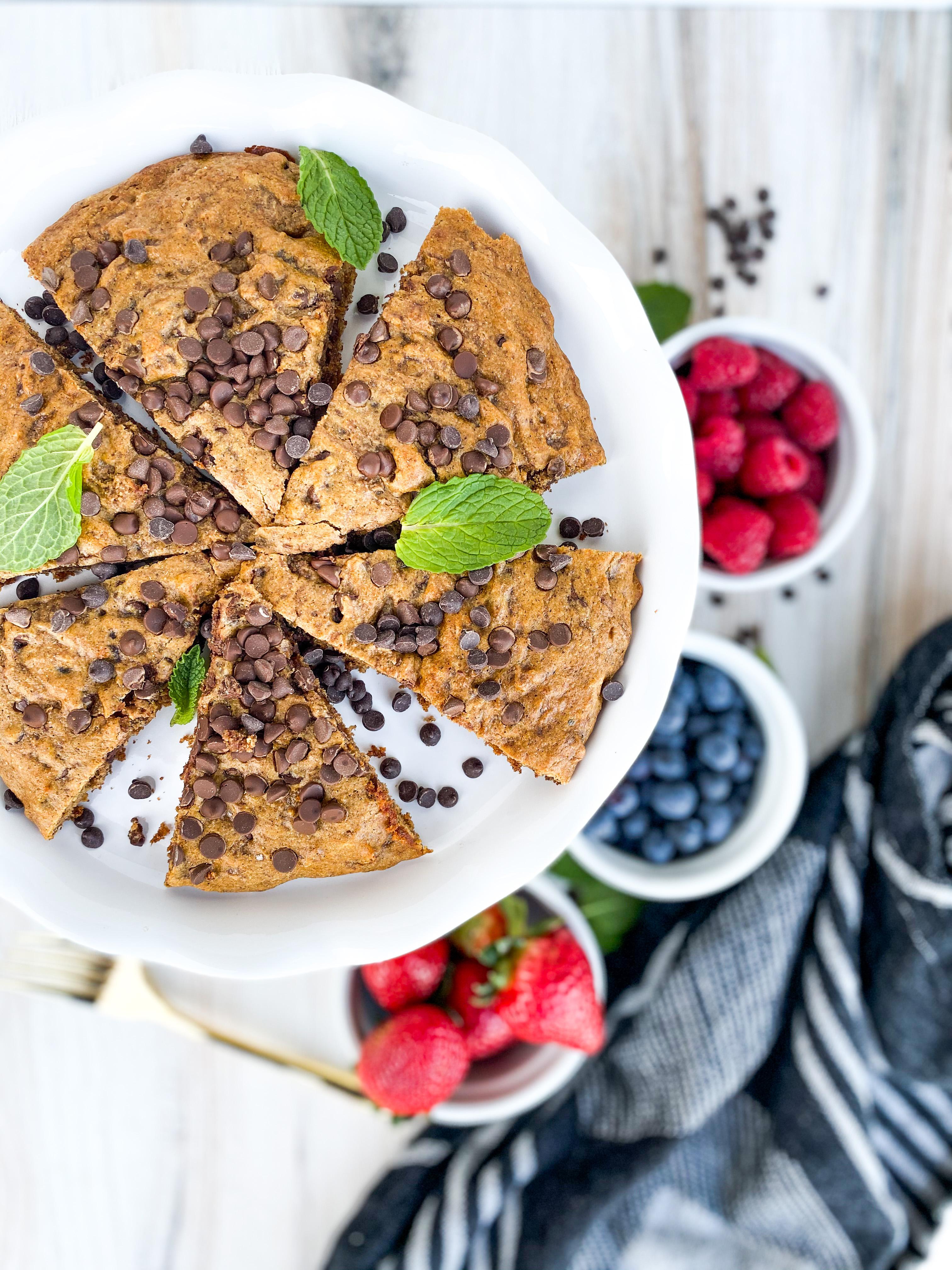 Skillet Almond Butter & Dark Chocolate Cookie