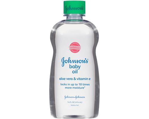 Johnson's Baby Oil Aloe & Vitamin E • 14 oz