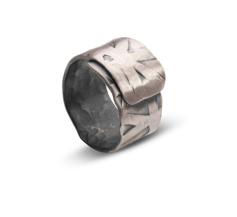 Oxidised Texture Ring