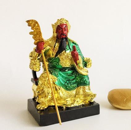 Red-faced Kuan Khung against Betrayal & Money Loss