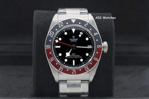 BNIB Tudor 79830RB Black Bay GMT Pepsi Stainless Steel Bracelet Box & Papers