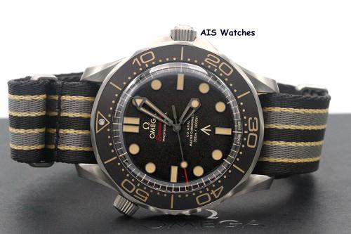 Omega Seamster Diver 300M 42 MM 007 James Bond Edition 210.92.42.20.01.001 B&P