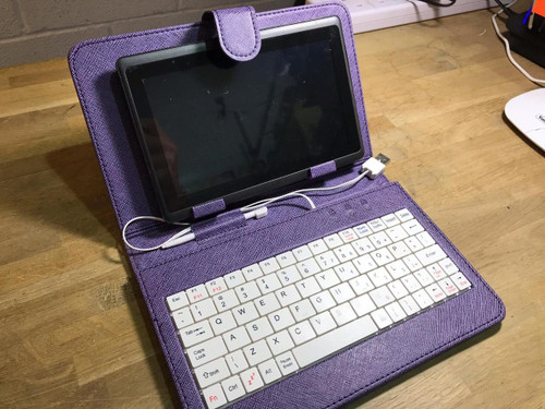 "Purple/White Keyboard Leather Case/Stand 4 7"" Yarvik TAB250 Capacitive Tablet"