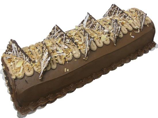 Caramel Log Cake