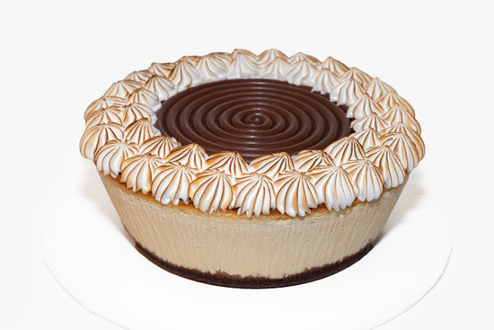 Chocalate & Mirangue Cheese Cake 9.5""